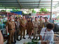 Wakil Bupati Legi Pimpin Penertiban Pedagang Di Pasar Ratahan
