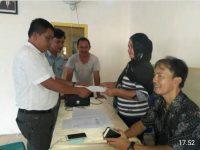 Ronnie Assa Resmi Mendaftar Calon Hukum Tua Desa Serawet