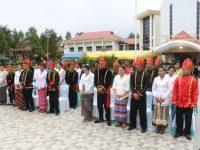 Wali Kota Eman Nikahkan 20 Pasutri di Taman Kabasaran Tomohon