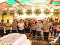 Dipimpin Jimmy Eman, Pemkot Tomohon Melayat di Rumah Duka Orangtua Staf Ahli Wali Kota