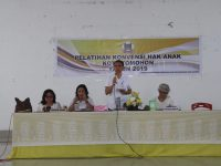 Mandagi Buka Pelatihan Konvensi Hak Anak