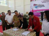 Semarakkan TIFF, Wali Kota Eman Buka Tomohon International Bridge Tournament