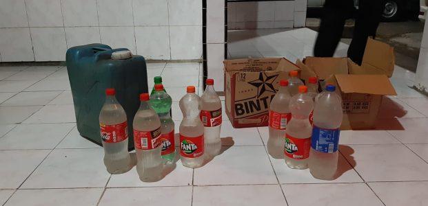 Jelang Pilhut,Polsek Belang Razia Puluhan Botol Miras
